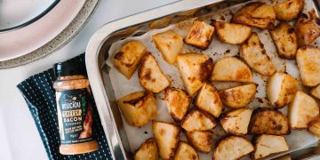 Cheesy Bacon Roast Potatoes - Vegan - Messy Veggies (1)